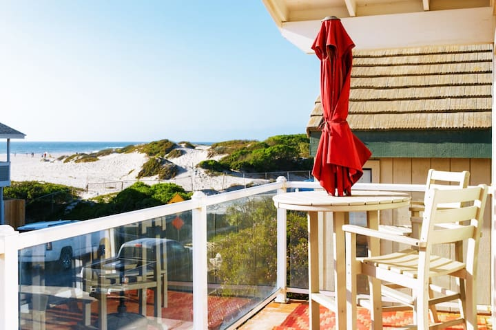 Stylish - Hollywood Beach Cottage - Ocean Views