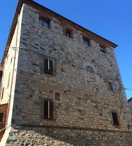 Appartamento in castello medievale - Ravi