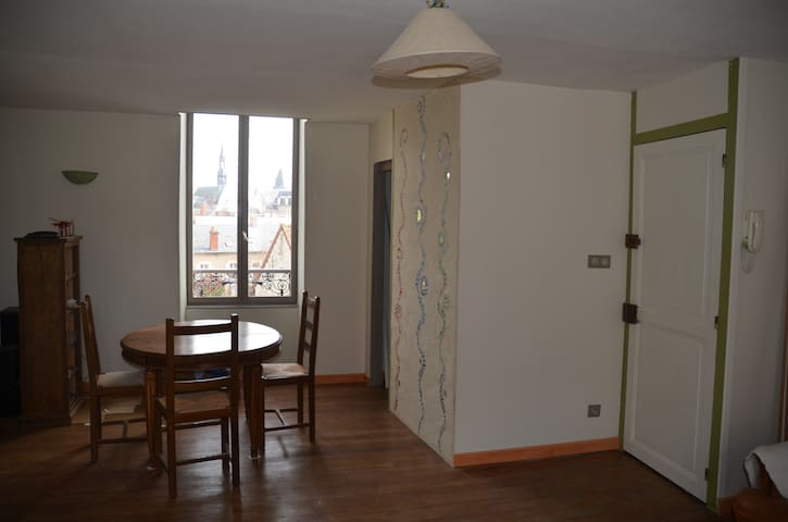 Charmant duplex proche centre ville - Nevers