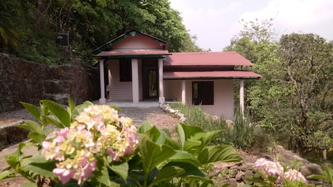 Riverdale Cottage (JEOLIKOTE, NAINITAL)