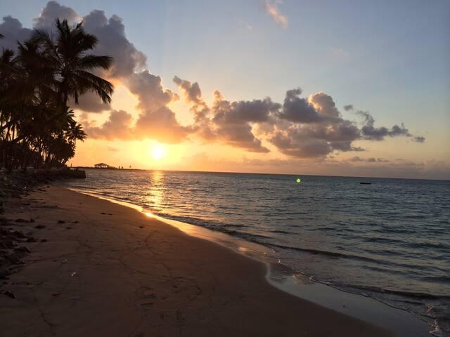O nascer do sol na Pajuçara