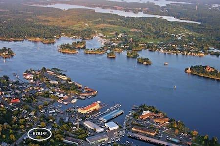 1000 Islands FUN