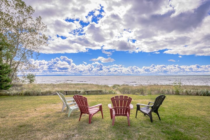 Gorgeous, Private Beach Cottage - Fort Erie - Kabin