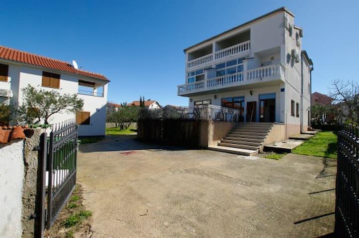 Studio Slanica A3 Murter ID 816A