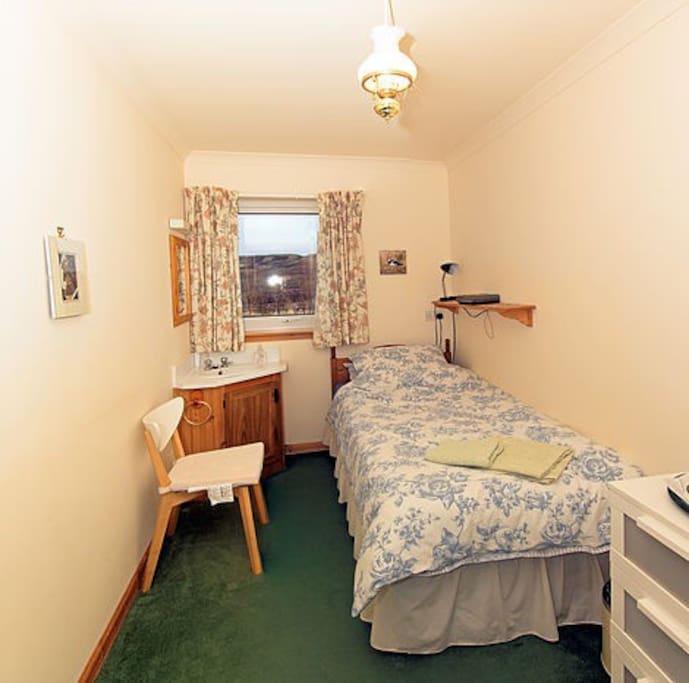 Adjoining single room
