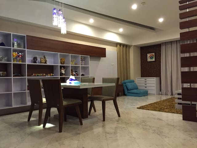 Cozy & Luxury 2br Apt in Menteng - Menteng - 아파트