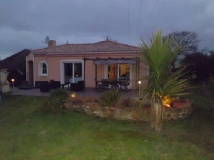 Maison avec grand jardin près de Saint Brévin