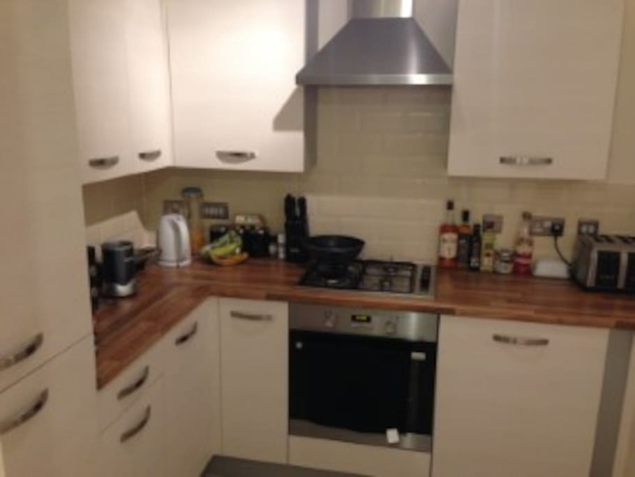 You can have access to all kitchen appliances including a dishwasher and smoothie makers!