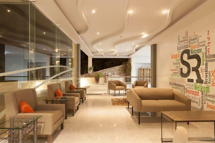 FABULOSO SR HOTEL & SUITES DOBLE