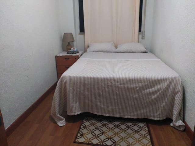 Habitación privada y en ambiente familiar
