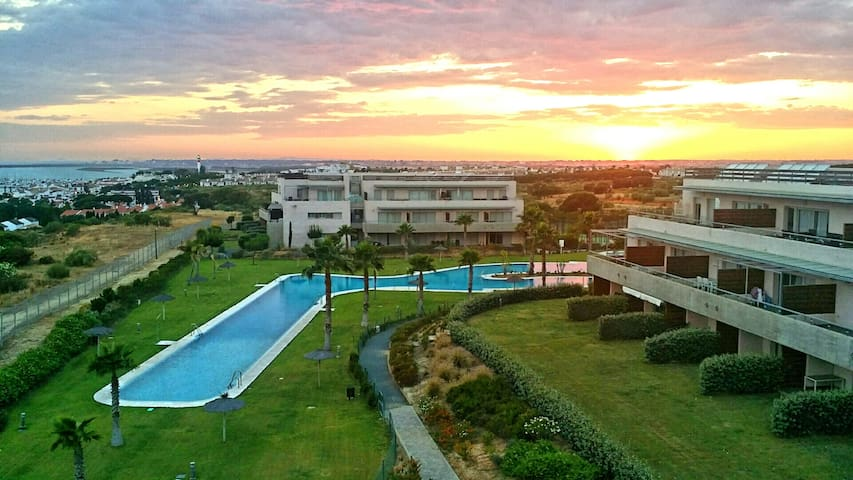 Las mejores vistas, piscina, padel - El Rompido - Apartemen