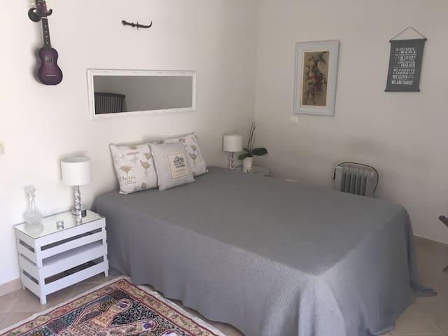 Elegant room in the Algarve - Loulé - Casa