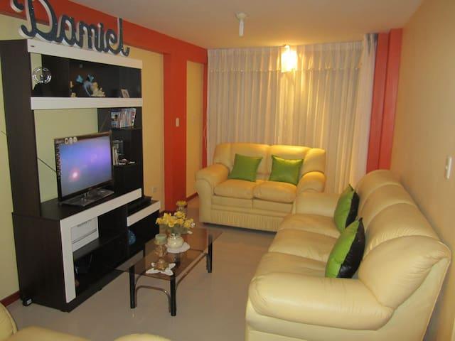 HERMOSO DEPARTAMENTO AMOBLADO AREQUIPA PERU - José Luis Bustamante District - Apartment