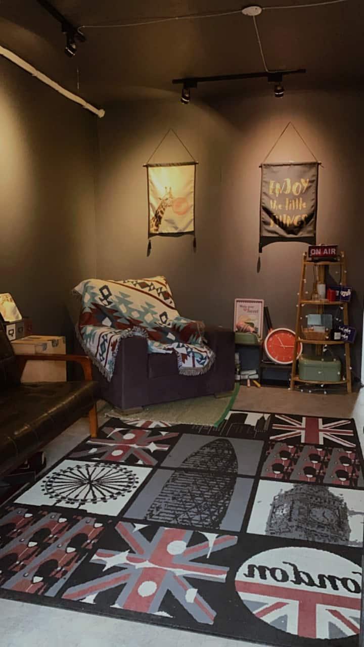 A loft house  w/ 2 rooms |單獨loft 公寓| 近台北101|生活機能佳