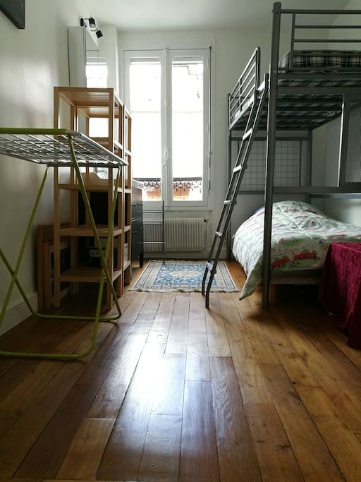 2nd bedroom with Bunk bed (adult size) on the top floor (Duplex !)