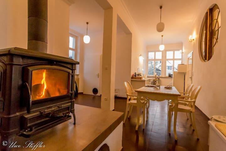 Mondänes, freistehendes Ferienhaus Postmodern