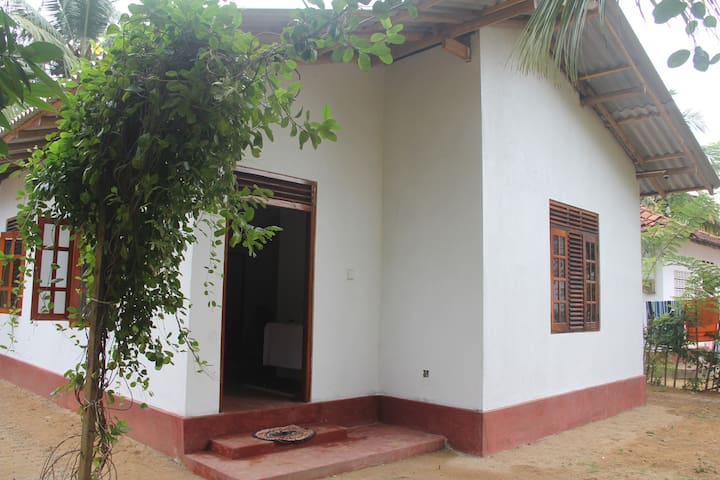 Weligama Chaminda Villa