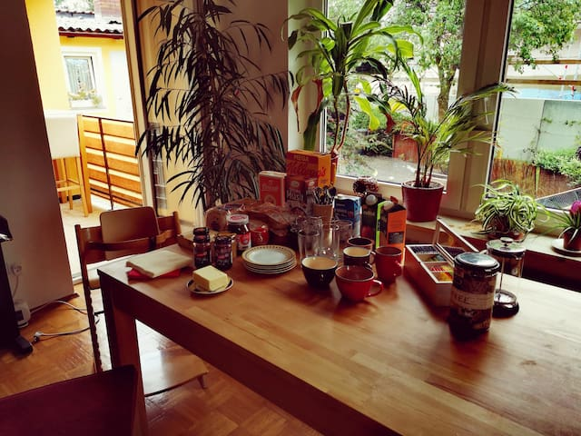Comfortable rooms with free breakfast near Rothsee
