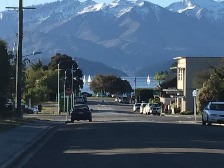 WanaHaka -Lake Wanaka and Town at your door-Part 2