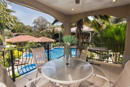 FULLY EQUIPPED VACATION CONDO, with BALCONY Unit#7 - Jacó