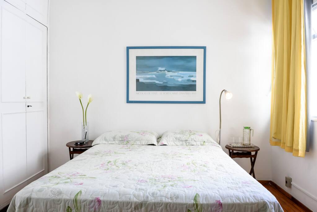 Cama de casal - Queen size bed