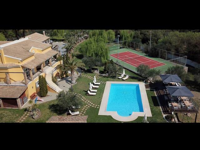 Villa Exclusive with heated indoor & outdoor pool