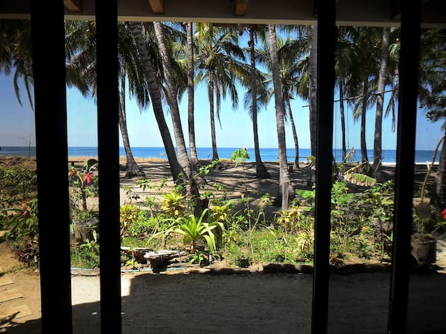Plumita Pacifica, Costa Rica Paradise BEACH FRONT - Playa Junquillal - Appartement