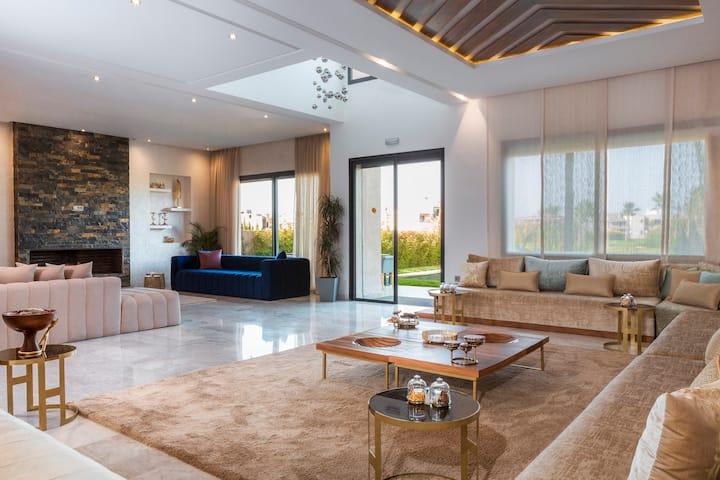 Luxury villa in the city