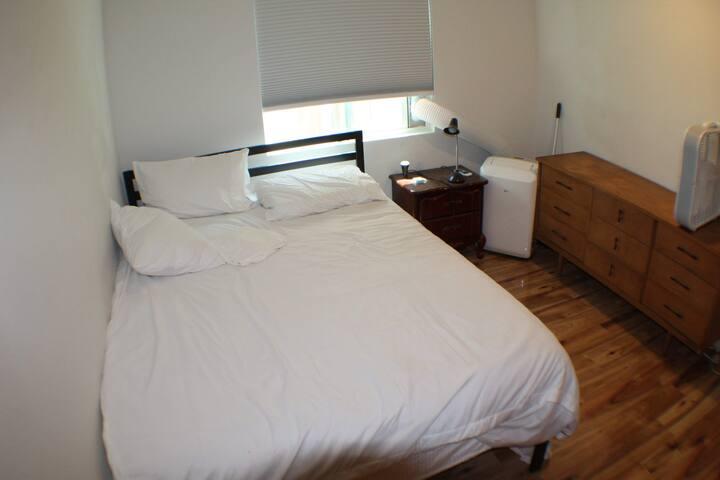 """Private room AC, Queen, 31"""" door,  1st floor"""
