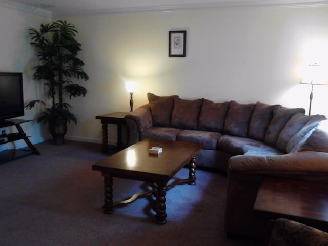 Private 4BR Min 90 day Rental in Brentwood TN