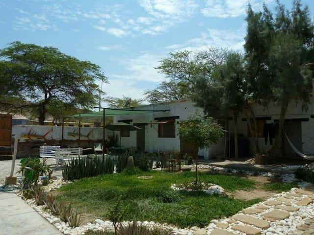 Habitacion privada en ZionEcohouse - Talara - Rumah