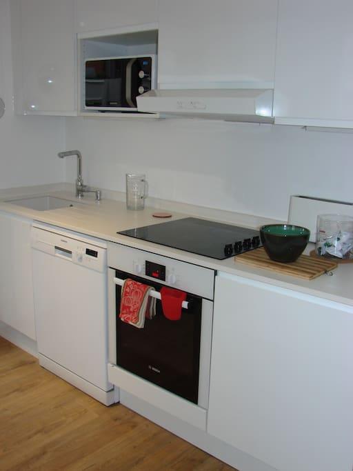 cuisine, LV et LL encastrable, four et microondes