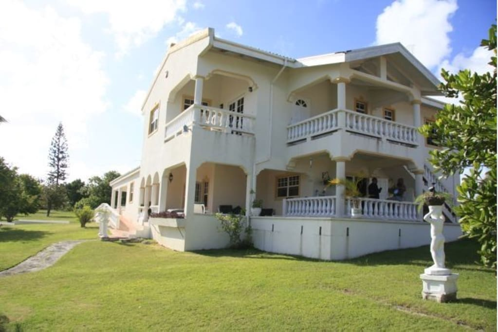 Evergreen House Apartments For Rent In Coverley Christ Church Barbados
