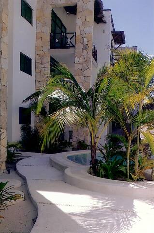 Condo 80 m from beach near Merida YUCATA - Chicxulub Puerto - Appartement