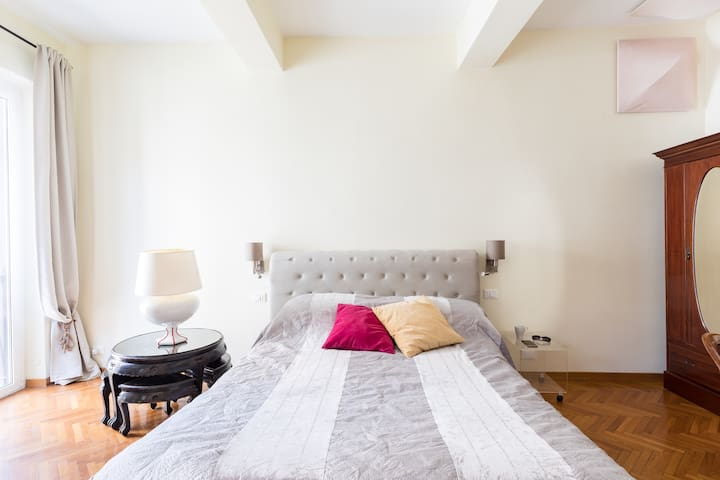 Luxury suite off Piazza del Popolo