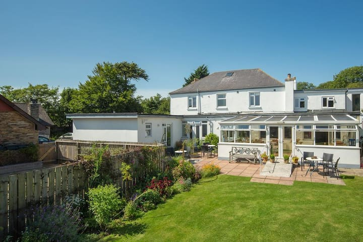 Chillington, Elegant Home in Coastal Devon Delight