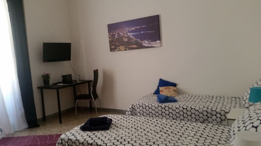 Room3 BB Metro Salerno