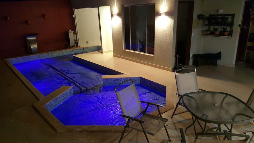 Suíte incrível em condomínio! - Brasília - Haus