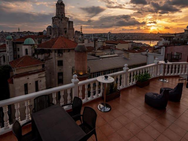 50m2 Private Terrace-Breathtaking View!