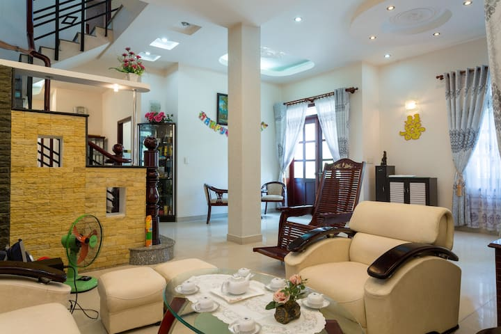 Vacation In Paradise With All the Comforts of Home - Ho Chi Minh City - Vila