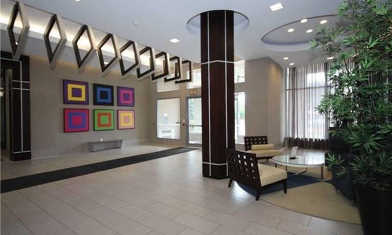 1 Bedroom Condo Condominiums For Rent In Toronto Ontario Canada