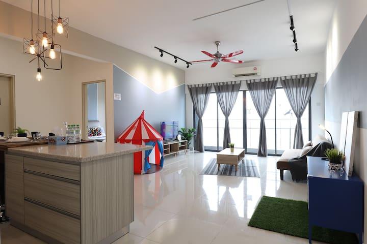 Oriental Design@ Setia Walk Puchong by CloudHost