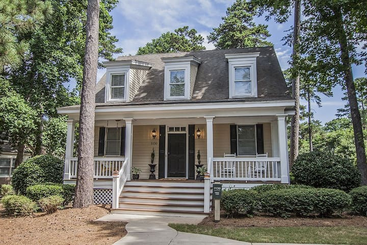 BOOK FOR MASTERS NOW AT PRE MASTERS PRICES! Plantation Chalet at Reynolds Lake Oconee Main near the