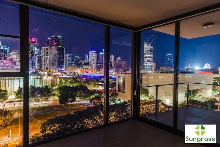 Fleet Lane Apartments - City View 2 Bedroom 2 Bathroom