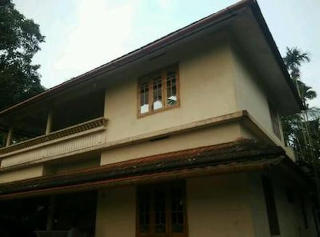 Abaft home stay 2 - Kalpetta - Hus