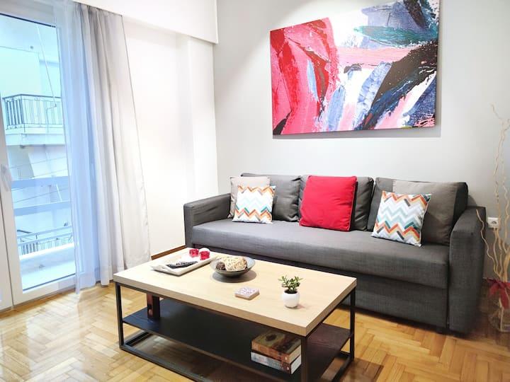 Ζea Apartments - B1 5min walk Metaxa, Tzaneio