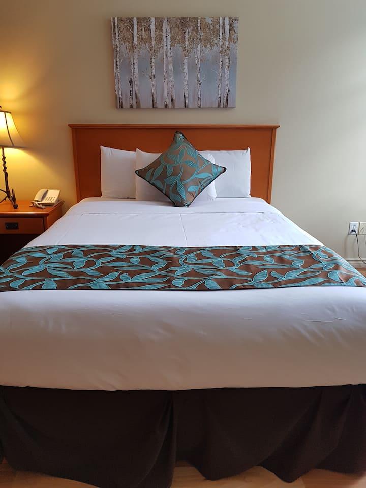 Mini Suite, 1 Queen, Sofa bed - Sunset Resorts