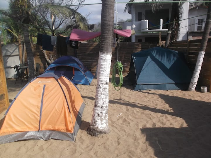 Camping frente al mar en zipolite