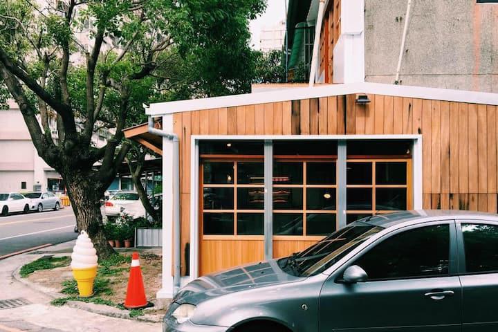 WenDao Inn / 台中干城街282號 ROOM 2-1