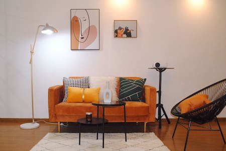 【舒舍3号】万达广场焦糖色+轻奢风 市中心近海边 海滨大道60平新风格公寓